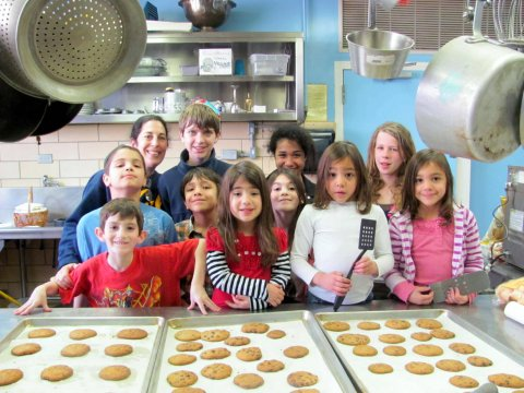 Zip Havurah Cookie Baking